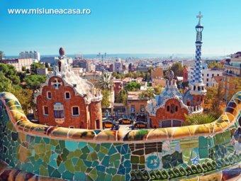 Casa Batllo, supranumita Casa Oaselor, este renovata de Gaudi din interior spre exterior.