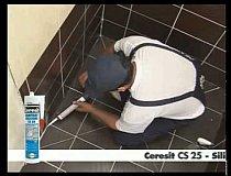 Aplicare silicon sanitar