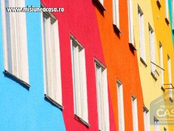 Fatade de blocuri viu colorate