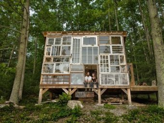 Casa din ferestre