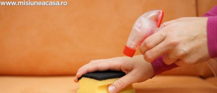 Cum cureti tapiteria