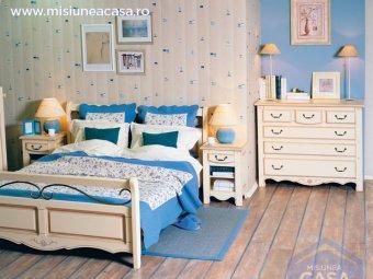 Dormitor colorat in stil clasic