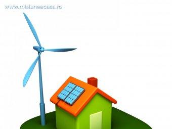 Casa cu panouri fotovoltaice si energie eoliana