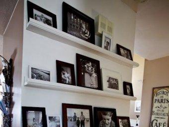 Perete de dimensiuni reduse dedicat artei si amintirilor