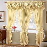 Decorarea ferestrelor - perdele simple, perdele duble, jaluzele sau draperii, vitraje si voalaje