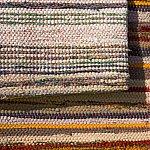 O mangaiere pentru ochi si talpi: covorul traditional romanesc