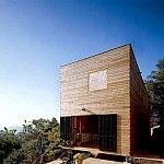 Casa din lemn care se construieste in trei saptamani
