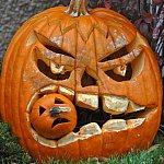Decoreaza pentru petrecerea de Halloween