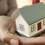 Romanii vor fi obligati sa isi asigure casele - 2008-10-14