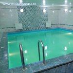 Placarea corecta a peretilor din incinta unei piscine inchise