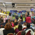 "Carrefour Romania a invitat peste 310.000 de copii sa coloreze indragitele personaje ""Trolii"""