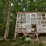 Casa din ferestre si peretele din sticla reinventat