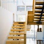 Ce lemn folosesti pentru realizarea unei scari interioare