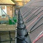 Cum dai zapada jos de pe acoperisul casei