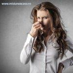Cum scapi de mirosul de tigara dintr-o incapere