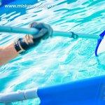 Sfaturi pentru intretinerea piscinei si curatarea apei