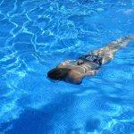 Constructia piscinei: cum alegi varianta care se potriveste cel mai bine curtii tale