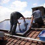 Etapele de montare a panourilor solare: cat de simpla este operatiunea si ce eforturi presupune
