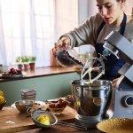 Kenwood lanseaza robotul de bucatarie Titanium Chef