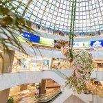 Magia primaverii aduce o zeita in incinta Bucuresti Mall
