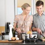 Cum alegi electrocasnicele pentru bunătățile din bucătărie: aragaz, plită și cuptor, aparate și lăzi frigorifice