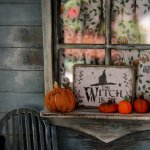 Decorarea casei de Halloween