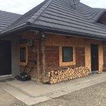 Izolarea unei case realizata din lemn si argila
