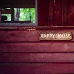 Studiu GoodHome: Locuinta este mai importanta pentru fericirea noastra decat locul de munca sau salariul
